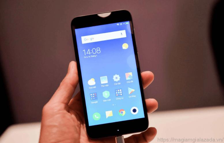 Thiết kế của Xiaomi redmi 5a lazada đợc cải tiến với việc đưa 3 phím điều hướng ra ngoài màn hình.