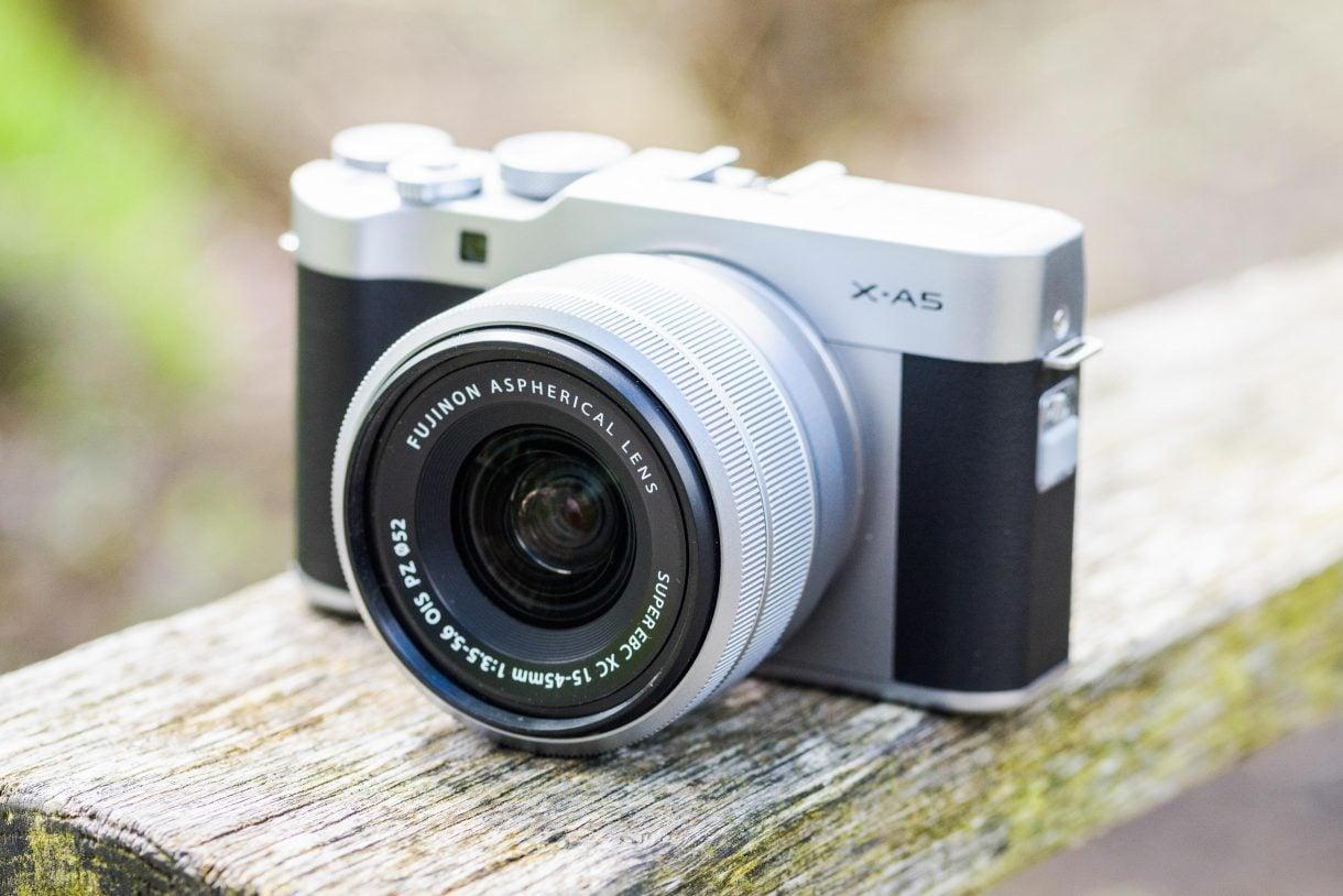 Đánh giá máy ảnh Fujifilm X-A5: Nhỏ gọn, chất lượng ảnh tốt, dễ dùng