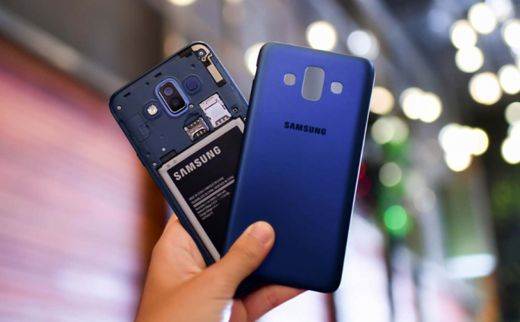 Thiết kế của Samsung J7 Duo